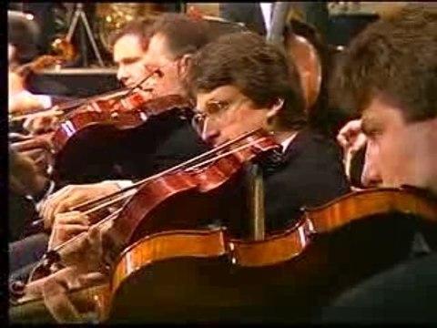 Tchaikovsky - Overture 1812