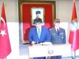 Cumhurbaşkanı Gül, Erzincanda 3'ncü Ordu Komutanlığı'nı Ziyaret Etti