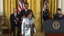 Obama awards Medal of Freedom to Bill Clinton
