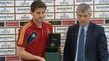 Iker Casillas señala a Cristiano para el balón de oro, lamenta la lesión de Khedira y asegura sentirse a gusto en el Real Madrid