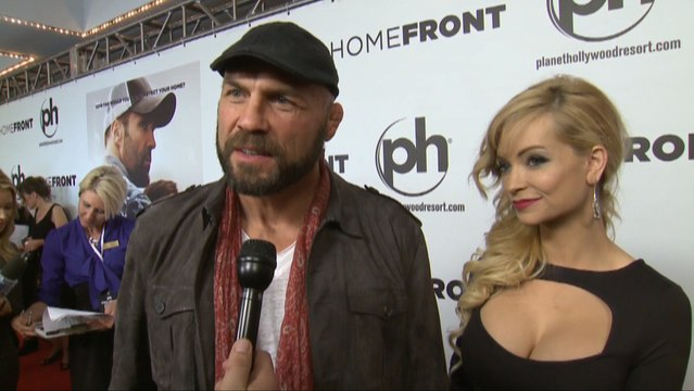 Winona Ryder Holly Madison And Randy Couture At Homefront Premiere Video Dailymotion