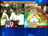 Farmers protest against Kaveri jadoo cotton seeds