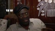 """Rencontre """"Autour d'un verre"""" avec Alain Mabanckou lors de la foire du livre de Brive à  propos de son roman """"Lumières de Pointe noire"""""""