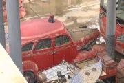 İzmir'de sular çekildi, çamur kaldı