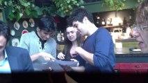soirée étudiante droits de l'enfant à l'İnstitut Français de Turquie İzmir; chanson les petits papiers