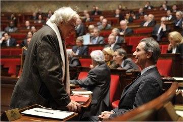 """""""Quai d'Orsay"""" : la bande dessinée regarde le monde, avec Bertrand Tavernier et Christophe Blain"""