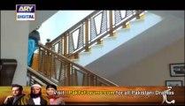 Darmiyan by ARY Digital - Episode 15 - Part 2/4