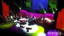 """Alain Chamfort """"Je pense à elle, elle pense à moi"""" - Le Grand Rex - Concert Evergig Live - Son HD"""