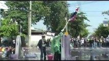 Bangkok (Thailande) 02-12-2013 RUSH RIOTS FRONT LIGNE 1