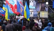 'Counter demonstration' in Kyiv as pro-Yanukovych supporters rally outside parliament