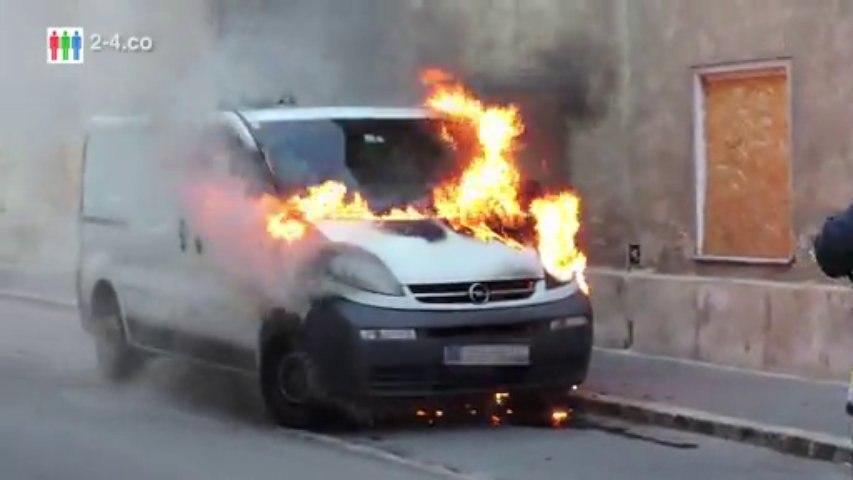 Brandserie - Feuer Nr 20 - Klein LKW in Hainburg