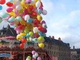 Lacher de ballons à Lille en soutien aux 4 journalistes otages en Syrie (6 décembre 2013)