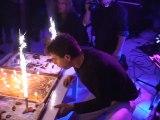 Gateaux d'anniversaire et bougies