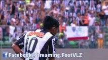 Incroyable coup franc de Ronaldinho pour son retour face à Vitória.