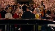 Julie Andrews, Dick Van Dyke, Emma Thompson + Tom Hanks in sing-along!