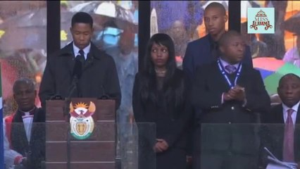 Sign Language Interpreter At Nelson Mandela Memorial dancing Macarena