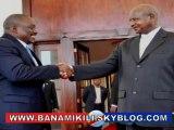 D'un ton autoritaire Museveni mentor du petit Kabila confirme que la RDC signera un document peu importe le titre