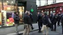 EXCLUSIF  Paris (France) 9/12/2013 Injures et baston entre CRS et policiers en civils.