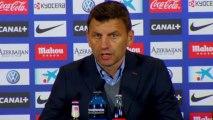 Djukic admite que es muy difícil parar a Diego Costa