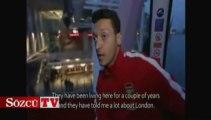 Mesut Özil, Londra'nın ilk teleferiğinde
