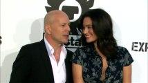 """Bruce Willis y Emma Heming están 'esperando su segundo bebe"""""""