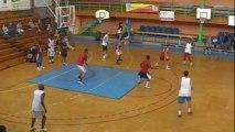 basketball - attaque de zone par  Deschamps Eric - Joeuf le 7 Sept 2013 - part 1