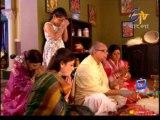 Dutta Barir Chhoto Bou 19th December 2013 Video Watch Online