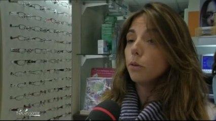 Guide d achat   Les lunettes et les lentilles sur internet sur Orange Vidéos b402e93e7feb