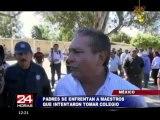 México: Padres de familia se enfrentan a profesores por control de colegio