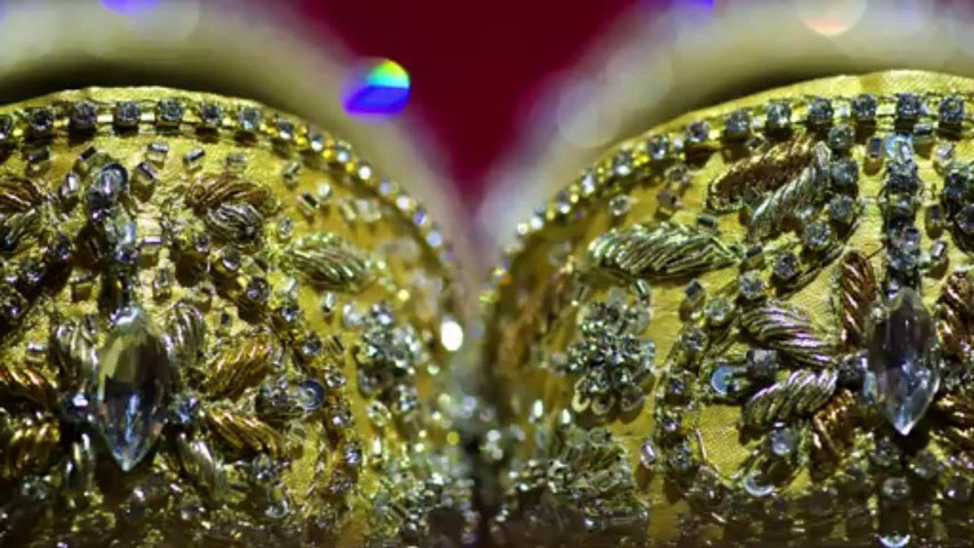 Luxury Asian wedding in London - Hampton Court House | Documentary Asian wedding photographer London