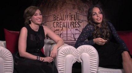 Generic Interview - Kami Garcia & Margaret Stohl - Interview Generic Interview - Kami Garcia & Margaret Stohl (English)
