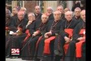 Papa Francisco emplaza a la Curia Romana a dejar los 'chismes'