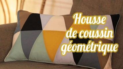 Housse de coussin patchwork avec des triangles