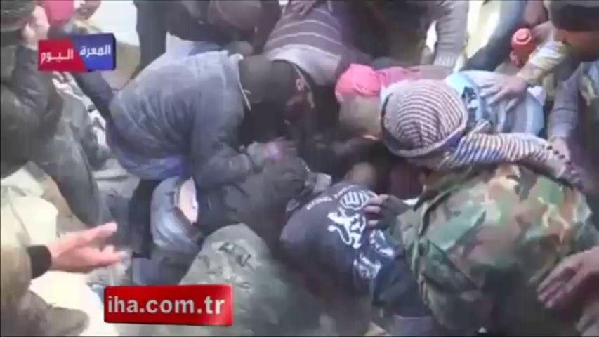 Suriye'de çaresizlik ilginç görüntüler ortaya çıkarıyor