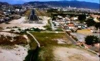 Documentaire: Les 10 aeroports les plus dangereux du monde - 2013 - fr