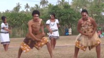 Nouvelle Caledonie: Dance Tahitienne