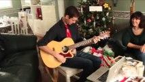 """Il joue une chanson à son père sourd qui vient de recevoir ses prothèses : """"je préférais quand tu étais sourd!"""""""