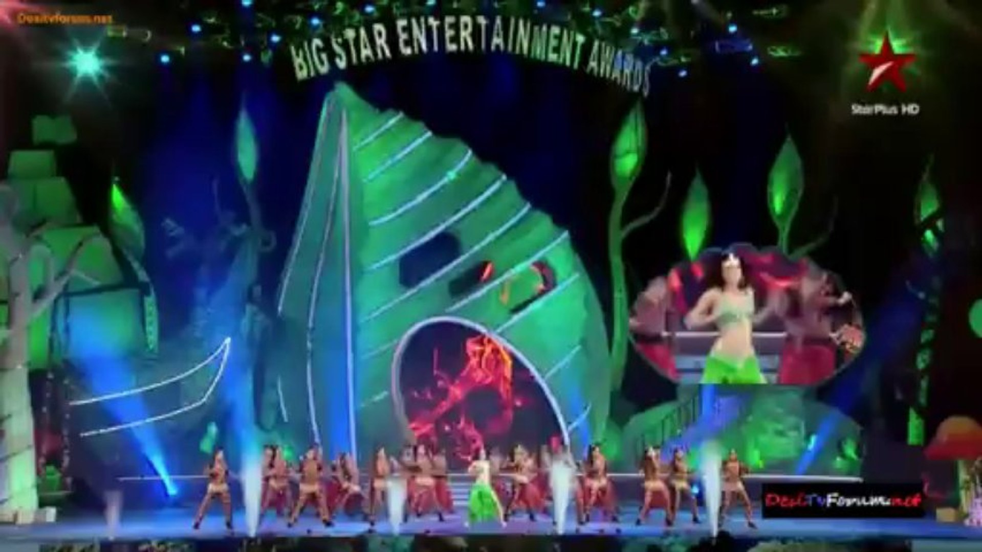 Big Star Entertainment Awards 2013 - Main Event 720p 31st December 2013 Video Watch Online HD Pt4