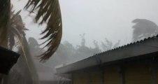 La Réunion : les images chocs du cyclone filmées par les habitants