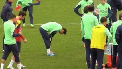 Messi back in Barca training
