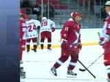 Vladimir Poutine affronte des stars du hockey à Sotchi - 04/01