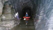 Grotte de la Mer de Glace. Du bateau dans la Mer de Glace.  Août 2013