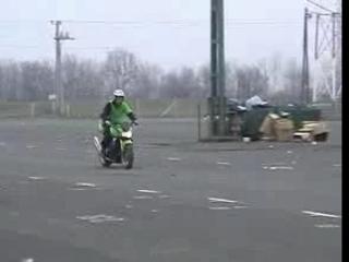 Stuntriding Kawasaki Z1000