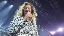 Beyoncé le cantó el cumpleaños a un fans en pleno concierto