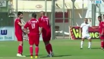 Combinaison foot: Coup franc de l'Hapoel Ra'anana face à l'Hapoel Ramat Gan