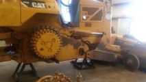 Starting old Caterpillar D8 dozer with pony motor - video dailymotion