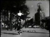"""""""California: Uragani continuano ad imperversare sugli Stati Uniti     Cortina: in vista delle Olimpiadi inaugurato il nuovo Palazzo delle Poste     Madrid: uno spagnolo ha risolto il problema dei parcheggi     Roma: accanito fumatore  il gatto Yoghi .."""