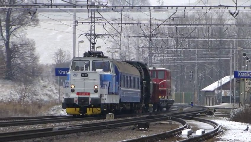 Lokomotiva 111 019-6 a 464.202 - Krasíkov, 22.1.2014 HD