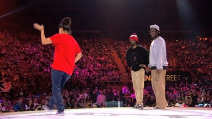1/2 finales – POPPING : Cintia & Sacha (Spain) vs Monsta Pop & Venom (Canada)