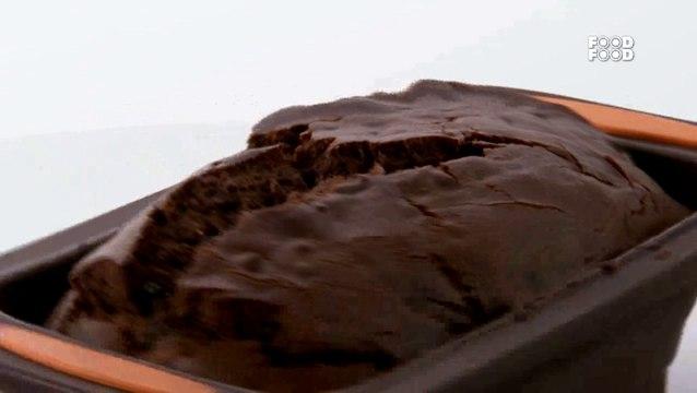 Eggless Chocolate Cake - Sanjeev Kapoor's Kitchen